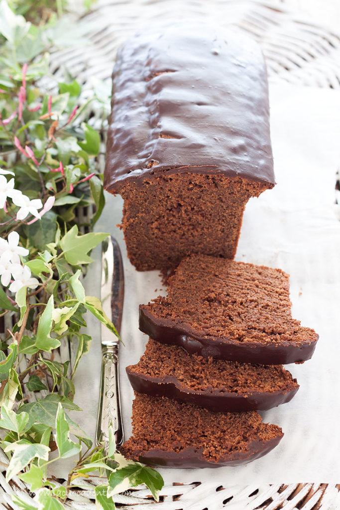 Cake al cioccolato e ricotta profumato al caffè